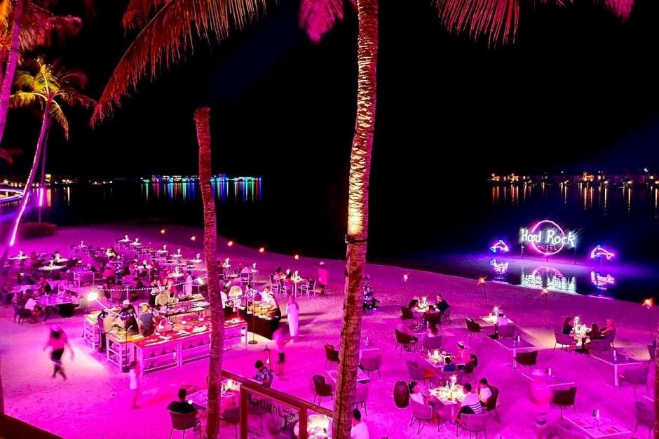 Hard Rock Hotel Maldive