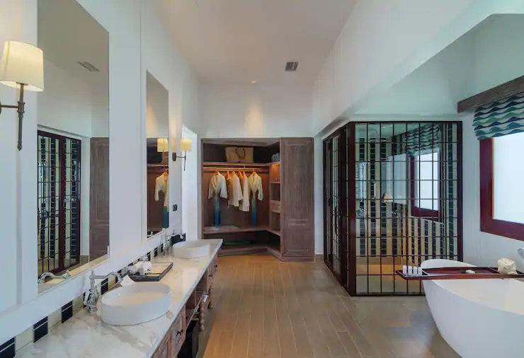 King 2 Bedroom Over-Water Pool Villa