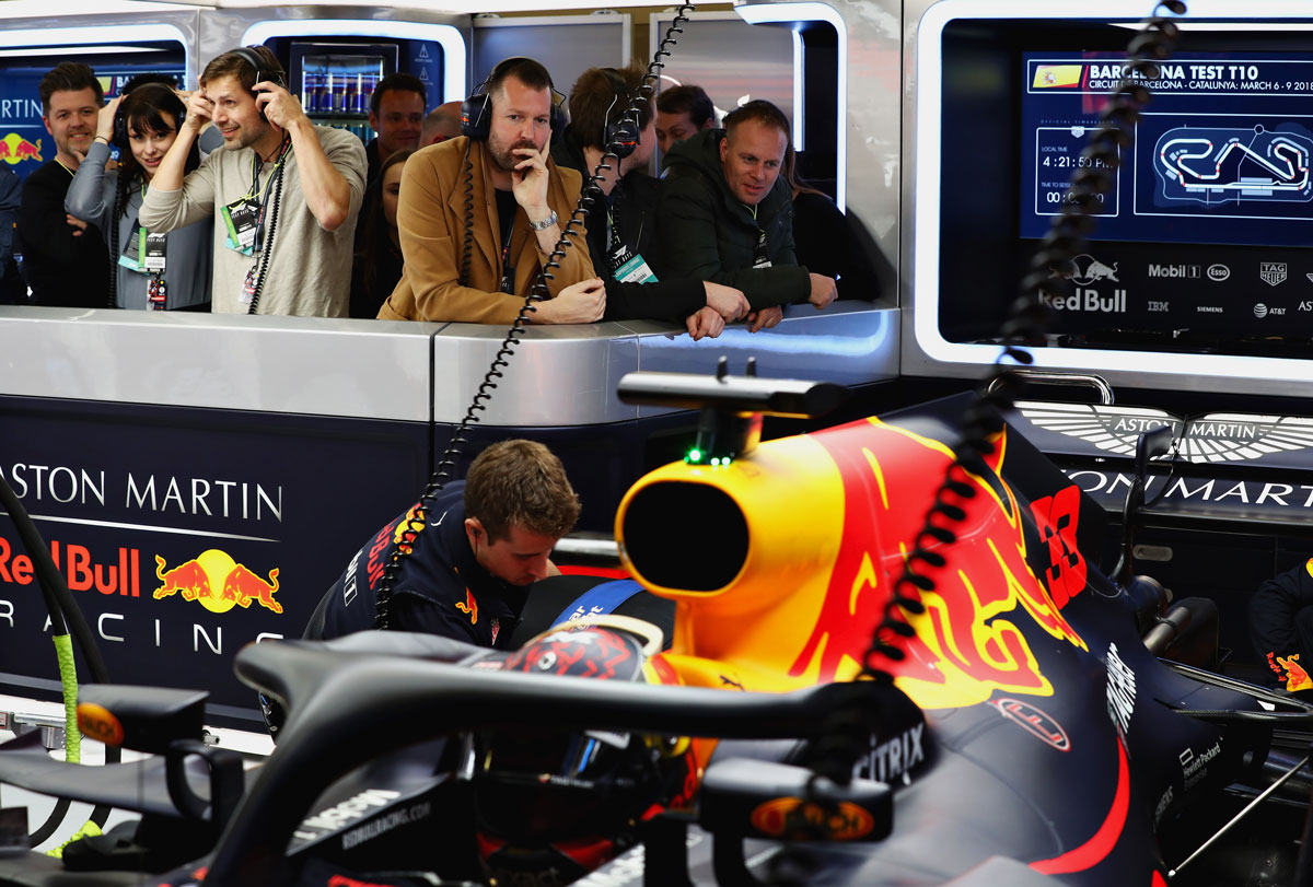 F1-Experiences-Red-Bull-Garage-Tour