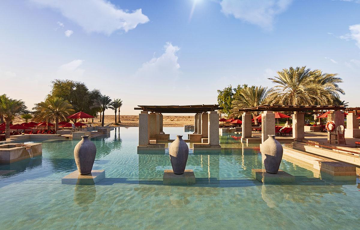 Bab Al Shams Infinity Pool
